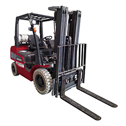 2.5T GAS FORKLIFT – CONTAINER MAST